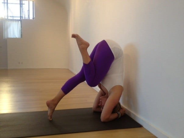 how to do a headstand yoga