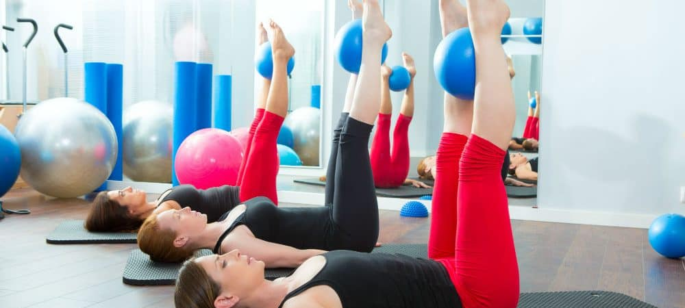 Pilates Mat vs Reformer: Things You Need to Know